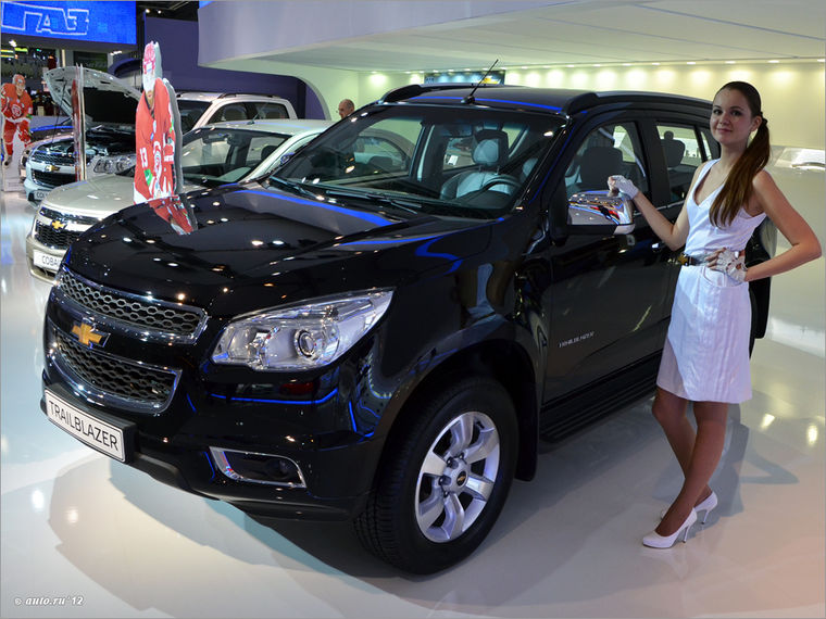 Chevrolet_Trailblazer_2_2012
